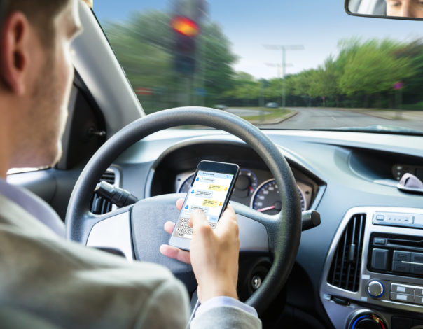 Cell Phone Accident While Driving - Ban on Driving While Texting in Arizona